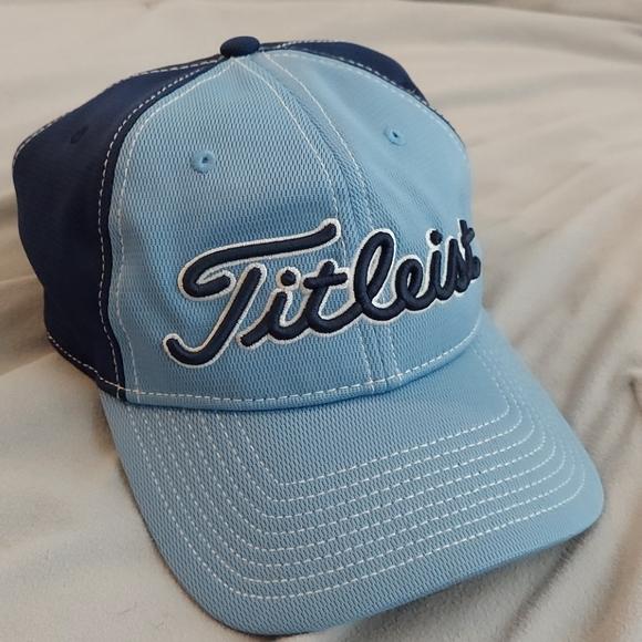 Titleist golf adjustable hat